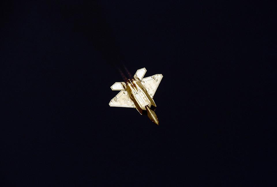 4750081959 1e43695ea6 b d Dubai Air Show