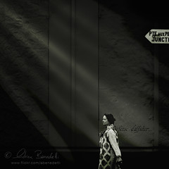 defense d'afficher... (Ąиđч) Tags: africa street woman texture andy lady dark walking photography donna strada walk andrea candid stranger andrew fotografia mauritius scuro sconosciuto camminare signora benedetti cammina nikond90 ąиđч nikond90bw