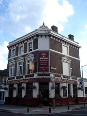 Picture of Fox And Hounds, SW11 2JU
