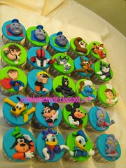 Cartoon Character Cupcakes (Jcakehomemade) Tags: james cupcakes thomas superman po batman tigress percy tomandjerry benten ramy greymatter fourarms kungfupanda thomasthetankengineandfriends narutoshippuden ultramantiga childrencupcakes cartooncharactercupcakes custommadecupcakes jcakehomemade rotatuille alfredolinquine ultramancosma
