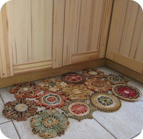 trivet floor mat in kitchen