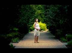 Life @ 27 Weeks (iFlook) Tags: portrait gardens wisconsin 35mm nikon madison londa olbrichgardens d5000