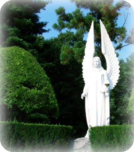 Large statue of an Angel