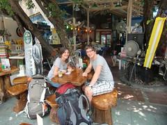 Het eerste drankje in Thailand