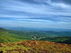 Vaya vista (la_magia) Tags: mountains landscape montaas e510olympuse510zd1454mmzamoraespaaspain