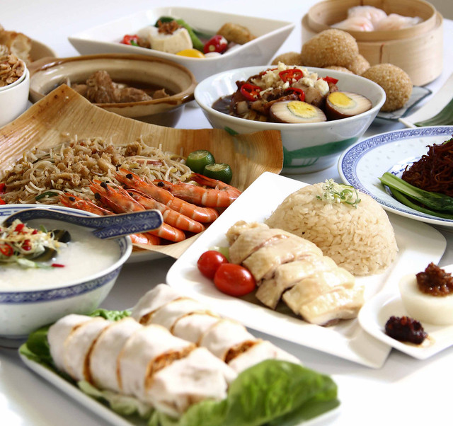 There is a Heritage Feast buffet of 108 dialectic dishes, just S$38++ per adult!
