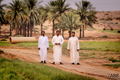 My friends (-: (photography AbdullahAlSaeed) Tags: camera friends smile lens spring december day desert zoom farm picture saudi arabia 300 filming  salman 2010                    alqaseem   iabnip