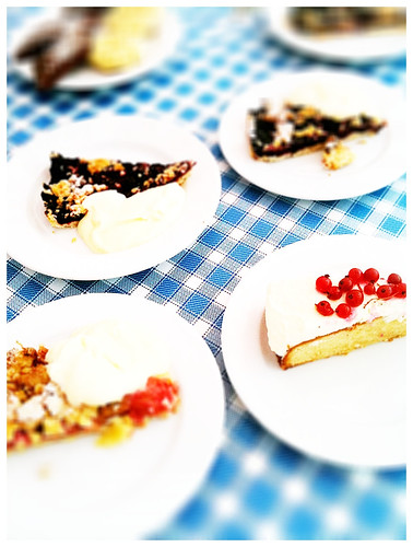 summer cake and pies