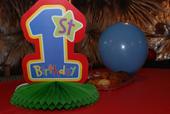 Brayden's 1st Birthday -12 (4x4Foto) Tags: birthday family food cake kids ben cousins brayden july melissa bailey waterslide 2010 auntsuncles bigparty