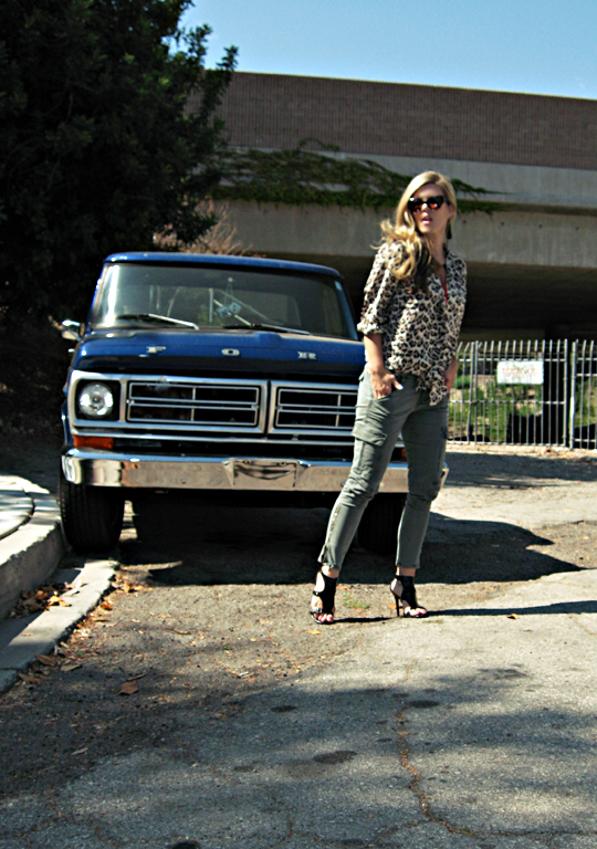j brand cargo pants+skinny cargos+vintage blue ford truck+leopard print+house of harlow