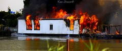 Two houseboats burned down in Amsterdam  Orange period (kees straver (will be back online soon friends)) Tags: water amsterdam fire flames heat houseboats twee uitgebrand woonboten woonark canoneos5dmarkii keesstraver smokeofthewater