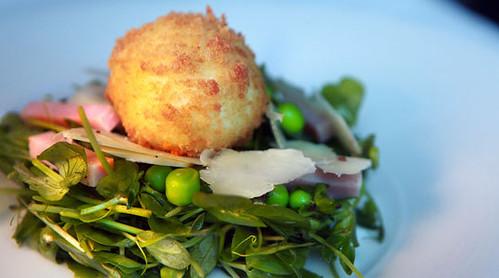 bergamot_pea-salad