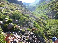 Remontée de la Haute Lonca : traversée du 2ème ruisseau ou ruisseau de Ghjarghje