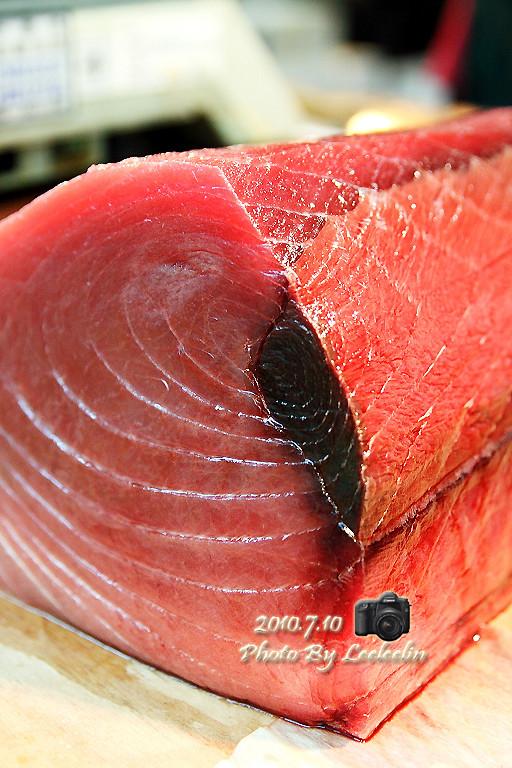 崁仔頂漁市|台版築地市場|基隆觀光採買漁市|台灣築地魚市場|基隆孝一路市場魚市早市
