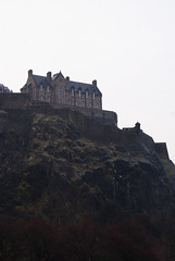"Edinburgh castle • <a style=""font-size:0.8em;"" href=""http://www.flickr.com/photos/52181542@N04/4805195540/"" target=""_blank"">View on Flickr</a>"
