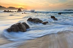 Seascape (enfi) Tags: ocean sunset sea mexico mar los sand day cloudy stones tide shoreline arena shore foam algae splash olas cabosanlucas oceano cabos loscabos marea riples corredorturistico