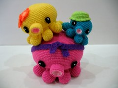 CraftZone Malaysia - Malaysian Crafter Blogs: Crochet Octopus Family