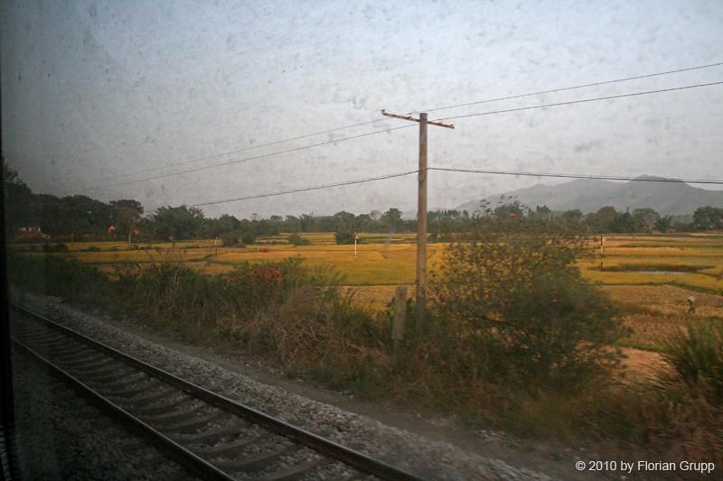 http://farm5.static.flickr.com/4121/4821641311_c97992d058_b.jpg