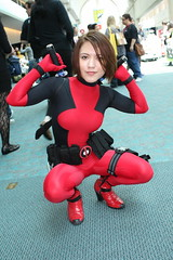 Deadpool (Vim Trivium) Tags: costume comic sandiego cosplay xmen convention marvel comiccon sdcc nomask xforce antihero deadpool ladydeadpool comiccon2010