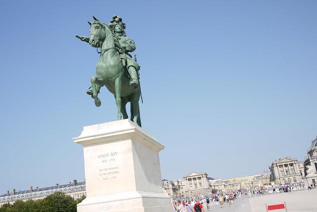 凡爾賽宮 & 路易14世像