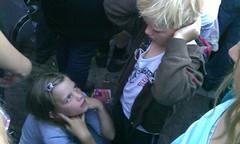 Kids vinden dit toch echt te hard. Wie weet wie er nu speelt op Podium 't Noord? #popweekend #schagen