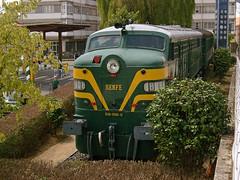 LD 318 | Santiago de Compostela (Fábio-Pires) Tags: españa train spain espanha diesel santiagodecompostela locomotive 318 comboio renfe ferrovia alco locomotiva terminalintermodal tracçãodiesel