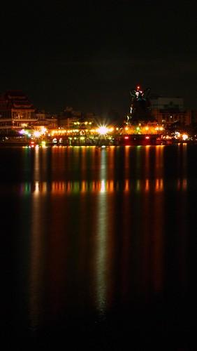 蓮池潭夜景