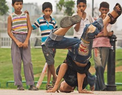 Head spin (kalsnchats) Tags: street boys dance break dancers candid bboying youngsters headspin kalpana streetdancers chatterjee kalsnchats