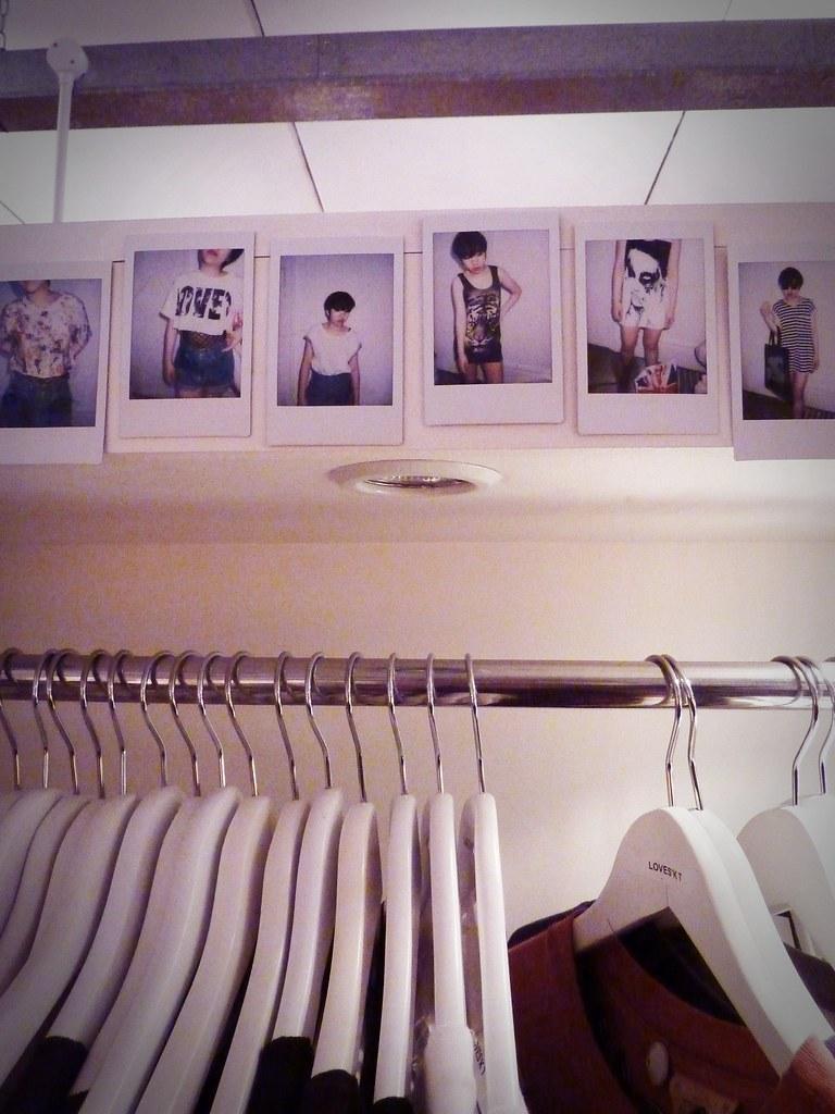 laden showroom