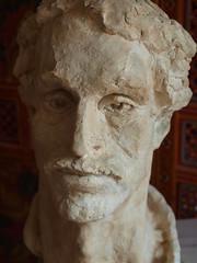 sculpture by Esther Hoorn (Michiel Thomas) Tags: portrait sculpture man male artist sculptuur groningen kop beeld beeldje estherhoorn