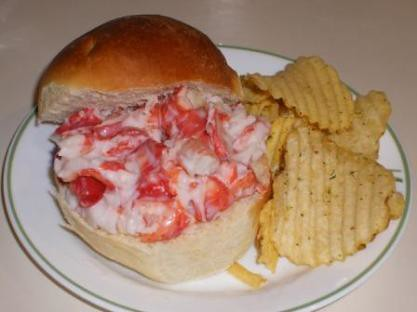 lobster roll on sweet portuguese bun