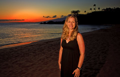 Kristen at Sunset in Ka'anapali (Shannon Cayze) Tags: ocean sunset beach water landscape hawaii sand scenic maui shannon 5d canon5d canonef2470mmf28lusm p1 circularpolarizer blackrock kaanapali 2470mm strobist bwcircularpolarizer 580exii cayze canon580exii 430exii radiopopper 5dmarkii canon430exii canon5dmarkii shannoncayze kristencayze radiopopperp1