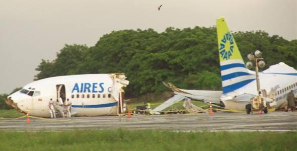 Accidente avión Aires 737-700