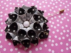 70's Child flower (RJL Designs) Tags: fashion handmade brooch jewelry wearableart oragami textileart harajukugirls tapemeasure fabricjewellery fashionjewellery contemporaryjewellery artjewellery textilejewellery retrojewellery catwalkjewellery rjldesigns