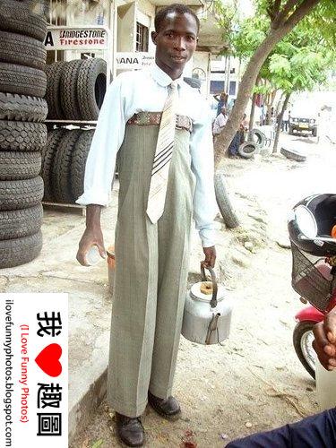 看看非洲人怎麼穿西裝的