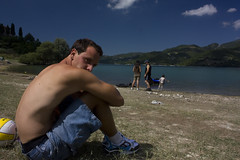 Quotidianit lacustre - Daily lakeside life (rackyross) Tags: portrait italy lake lago italia retrato lac portret ritratto italie daytrip  lazio turano    italiacentrale   latium       castelditora       colleditora