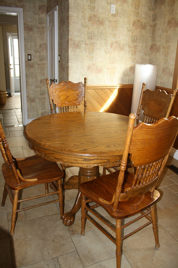 Oak Kitchen Table - Closed view with four chairs