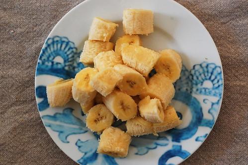 chop bananas