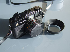 YASHICA Electro 35 CC DSCF2847 (THE OLYMPUS CAMERAS COLLECTOR) Tags: camera film cc 35 yashica yashicaelectro yashica35cc yashicaelectro35cc yashicarangefinder 35cc