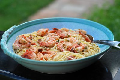 Fettuccini with Shrimp in Basil Cream Sauce