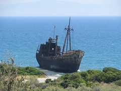 Shipwreck (stefg74) Tags: old sea beach ship free shipwreck lakonia freeuse ναυαγιο justrss justrsscom wwwjustrsscom httpwwwjustrsscom stefg74 wizzit:issue=4