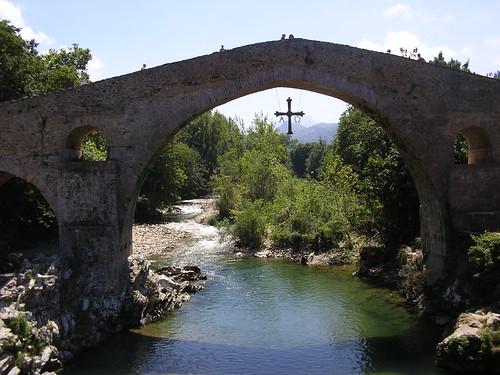 El Puente de Cangas de Onís