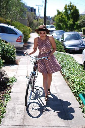 calivintage: brown bike