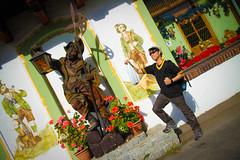 (DiNG_19o4 - SD.Lara) Tags: wood statue shop germany bayern deutschland bavaria carving ammertal