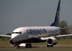 Boeing 737-8AS EI-FZG (707-348C) Tags: dublinairport eidw dub airliner jetliner boeing boeing737 ryanair b738 collinstown dublin ryr passenger eifzg