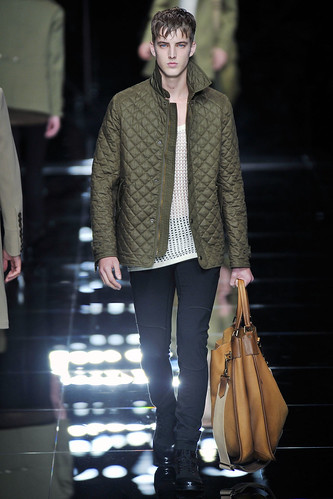 James Smith3107_SS11_Milan_Burberry Prorsum(VOGUEcom)