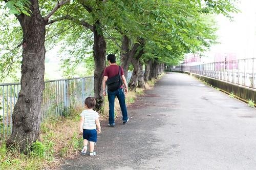 新幹線公園までの遊歩道