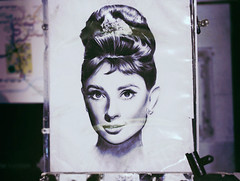 (heartbreaker [London]) Tags: london beautiful eyes artist drawing circus piccadilly audrey hepburn