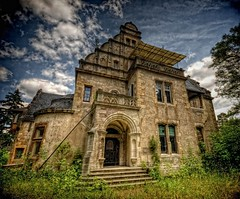 The Auerbach Mansion (Batram) Tags: urban castle beauty germany deutschland for thringen sale euro decay thuringia villa mansion rent exploration chteau urbex auerbach 1000000 saalfeld 1million contactme