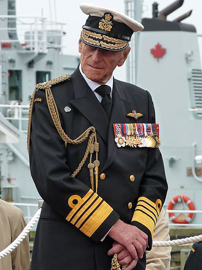Restore The Honour Her Majesty Reviews The Fleet And